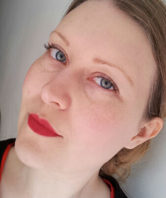 Revlon's ColorStay Ultimate Lip Color in Tomato after two coats